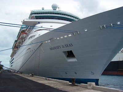 """RCCL  """"MAJESTY OF THE SEAS """""""